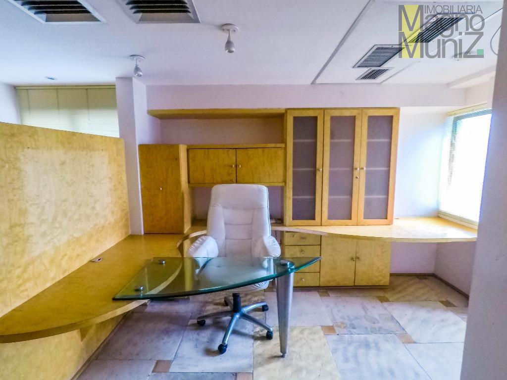 oferta especial!!!alugue sua sala no ed. eisenhower, oferecemos carência de 50% do valor do aluguel nos...
