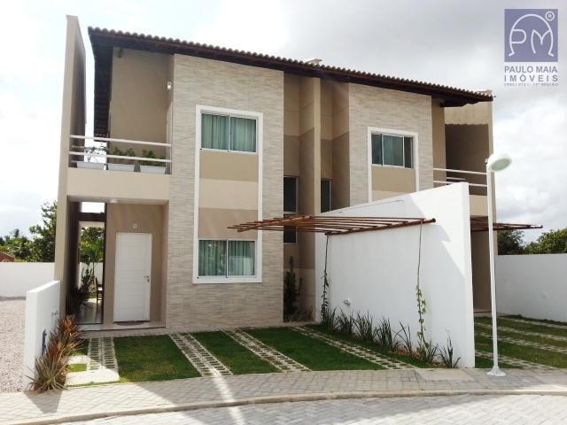 Casa em condomínio residencial à venda, Eusébio próximo ao Colégio Ágape.