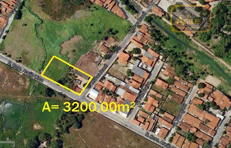 vende excelente terreno no henrique jorge - com 3.200,00 m² de área total sendo 40/80, nascente.