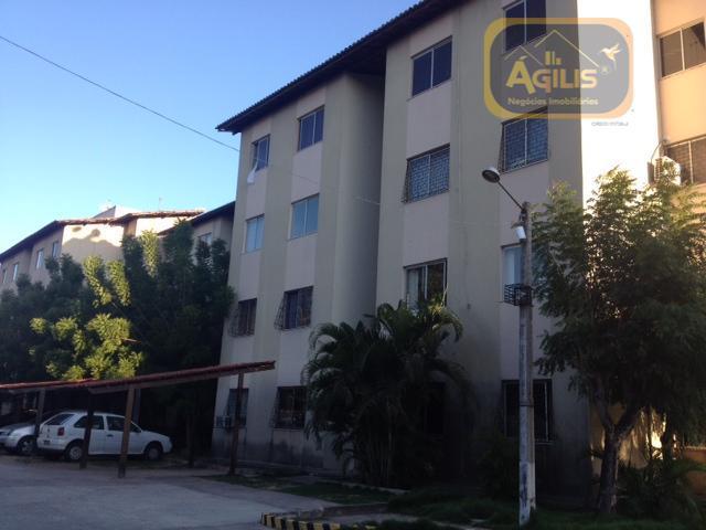 Apartamento com 2 dormitórios para alugar, 50 m² por R$ 549/mês - Maraponga - Fortaleza/CE