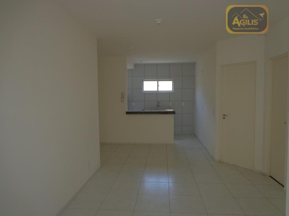 Apartamento Residencial à Venda, Paumirim, Caucaia.