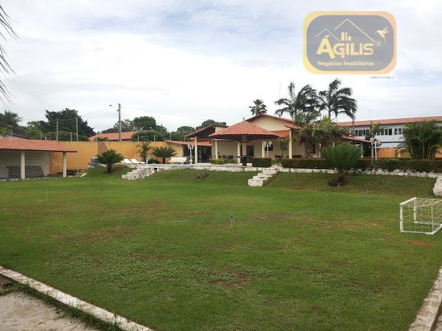 linda casa a venda ótima para buffet com ampla área de lazer com piscina, deck, churrasqueira,...