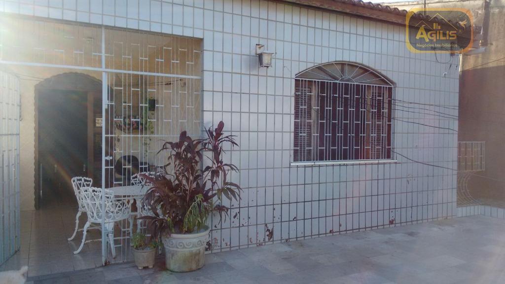 Casa com 4 dormitórios à venda, 180 m² por R$ 549.000 - Antônio Bezerra - Fortaleza/CE