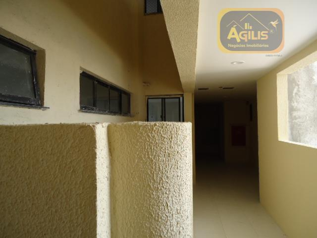 vende apartamentos no vivendas do rio branco - excelentes, apartamentos com 03 quartos, no centro da...