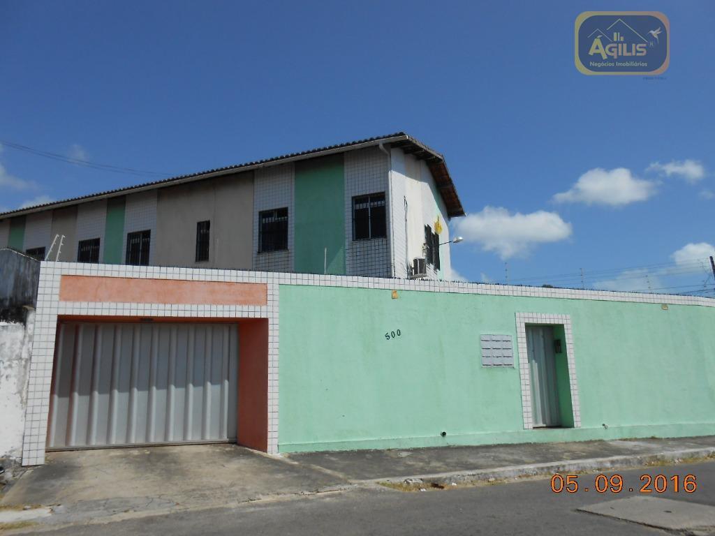 Apartamento com 2 dormitórios para alugar, 60 m² por R$ 699,00/mês - Presidente Kennedy - Fortaleza/CE