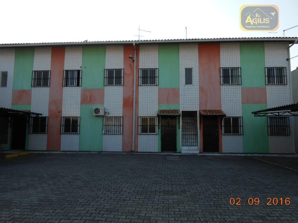 aluga-se excelente apartamento no henrique jorge, próximo a escola paulo freire com sala, 02 quartos, cozinha,...