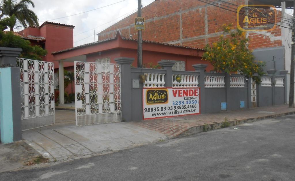 Casa residencial à venda, Parquelândia, Fortaleza - CA0406.