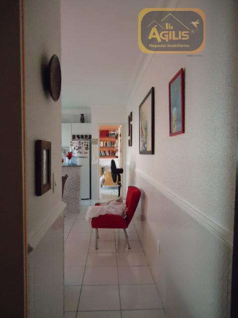 excelente casa, pronta para morar, com móveis projetados na cozinha, armários e blindex no banheiro, roda...