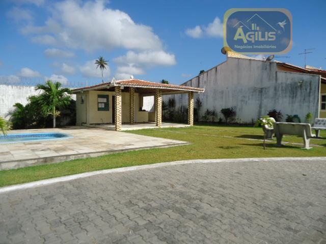vende-se ou aluga- se, excelente casa no antônio bezerra, cond. manoel soares residence - com sala...