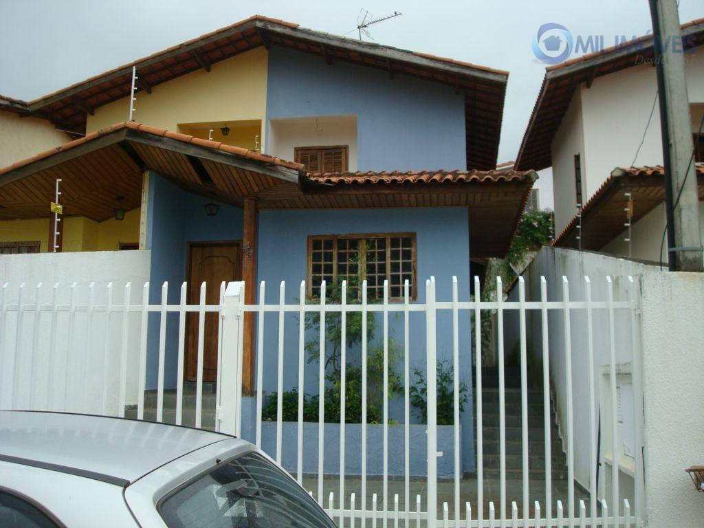 Sobrado residencial para venda e locação, Jardim das Indústrias, São José dos Campos.