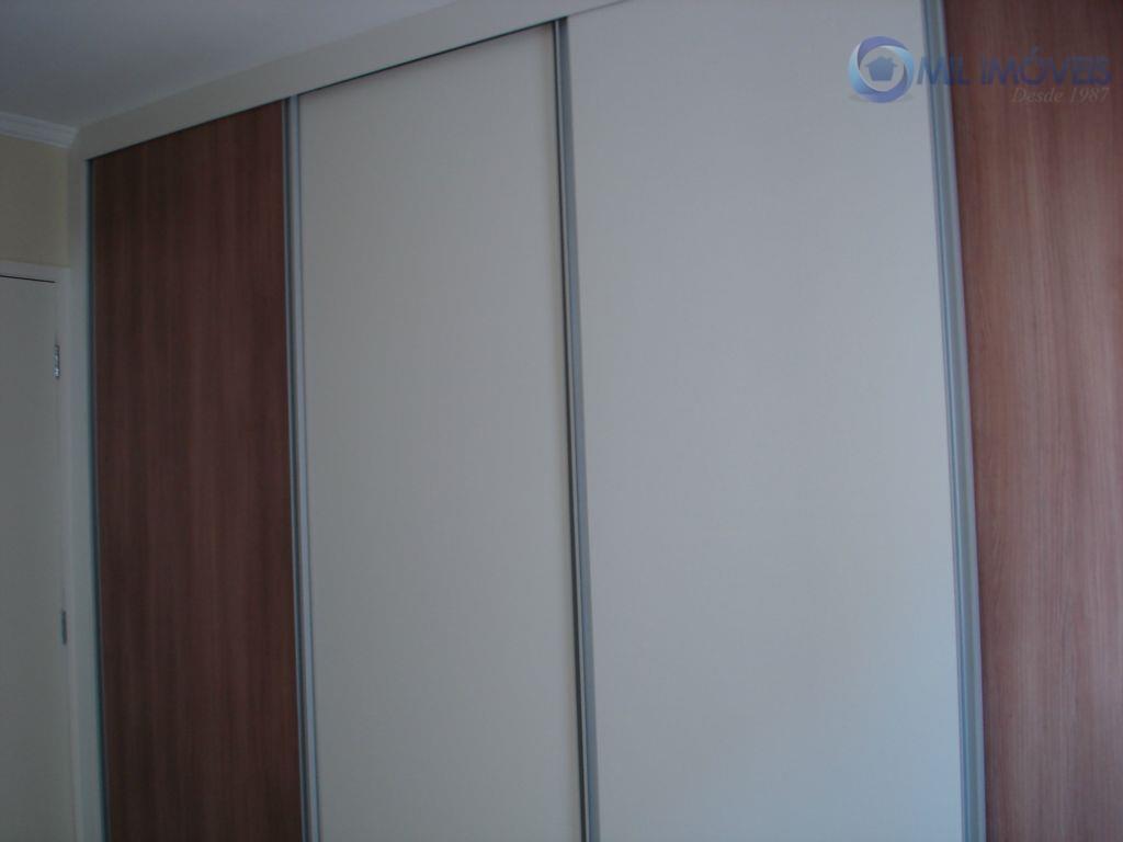 apartamento com 2 dormitórios sendo 1 suíte, sala ampla, cozinha com armários, sacada com churrasqueira, aquecedor...