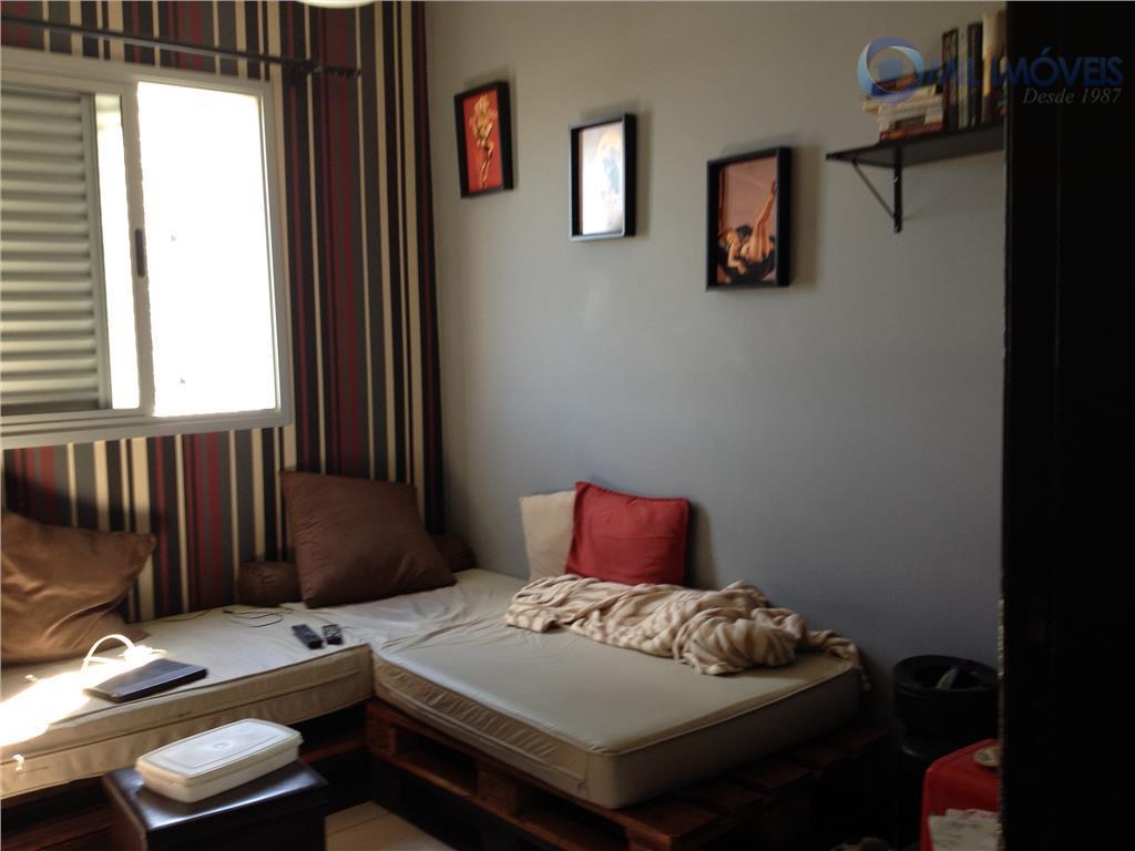 excelente localização, próximo ao shopping colinas, 3 dormitórios sendo 1 suíte com armário, 2 vagas de...