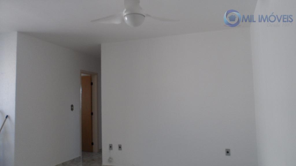 apartamento com 3 dormitórios sendo 1 suíte, armários planejados, 2 vagas de garagem.