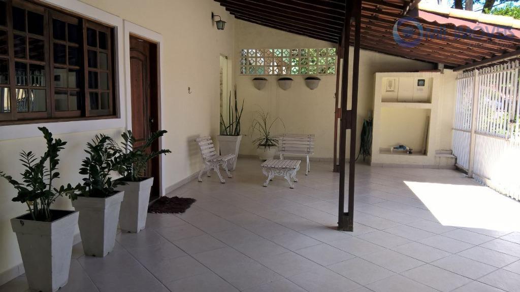 Casa residencial à venda, Jardim das Indústrias, São José dos Campos.