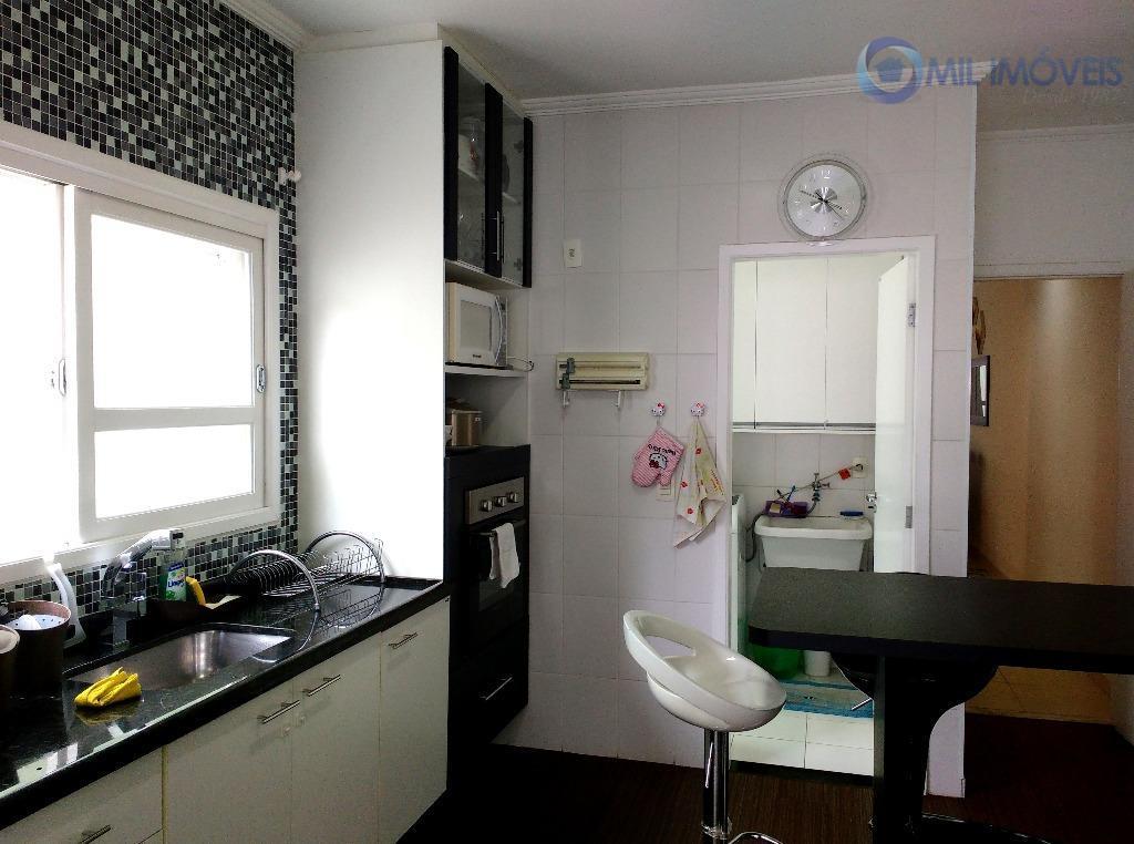 Sobrado 3 dormitórios com suíte - Jardim das Indústrias - São José dos Campos