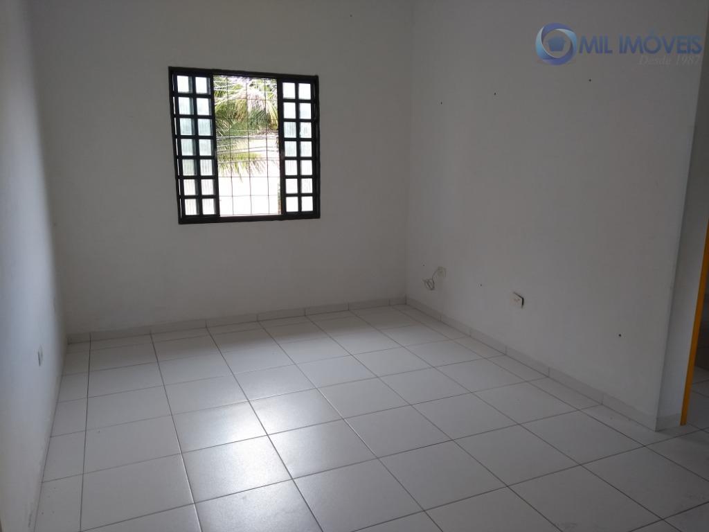 vila nair casa sobre loja, 2 dormitórios, armários na cozinha e banheiro com box.localizado na região...