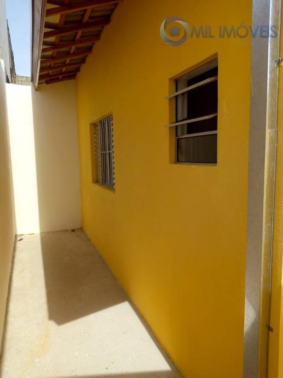 jd. santa julia - casa, sala, 2 dormitórios sendo 1 suíte, cozinha, lavanderia, 2 vagas.localizado na...