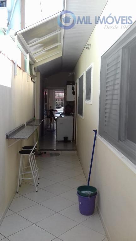 jardim das industrias - casa térrea de 03 dormitórios sendo 01 suíte, sala, cozinha, banheiro e...