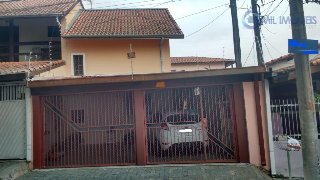 Sobrado com 3 dormitórios à venda, 140 m² por R$ 390.000 - Jardim das Indústrias - São José dos Campos/SP