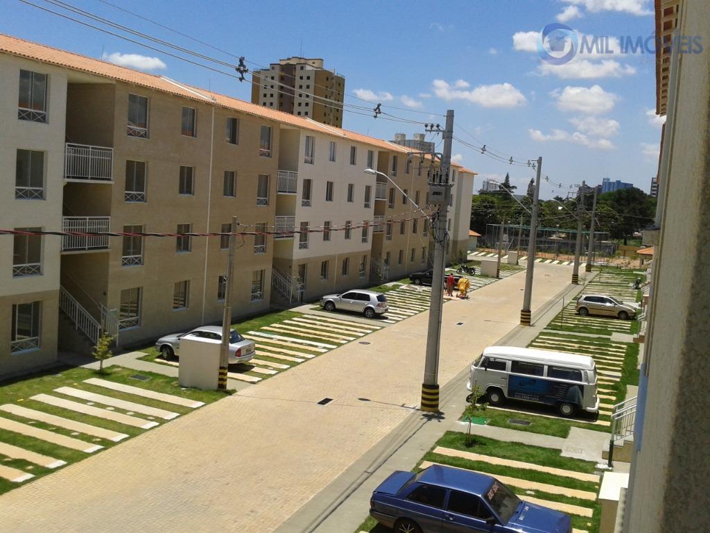 Apartamento com 2 dormitórios à venda, 43 m² por R$ 160.000