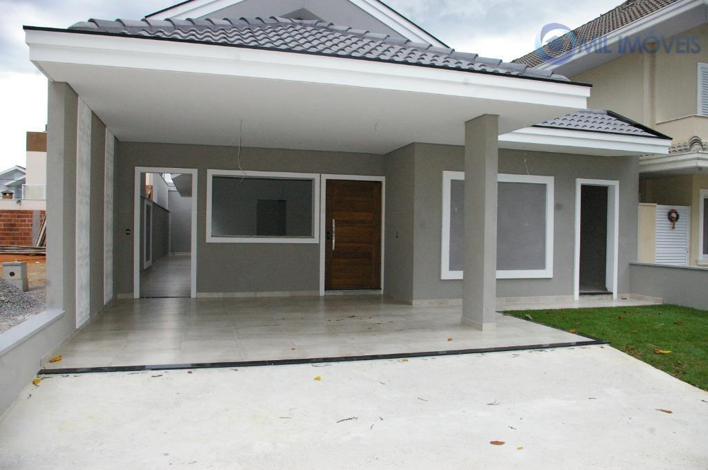 Casa com 3 dormitórios à venda, 200 m² por R$ 780.000 - Urbanova - São José dos Campos/SP