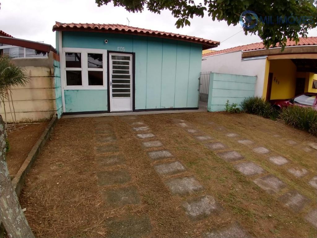 santa paula - casa térrea com 02 dormitórios em condomínio fechado, sala, cozinha, banheiro social, área...