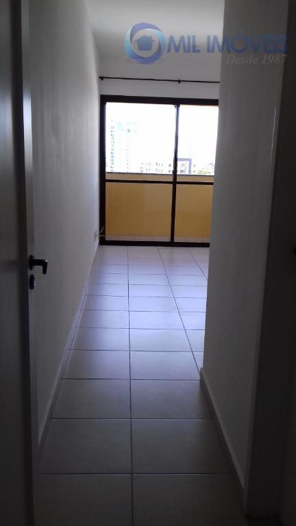 Apartamento com 3 dormitórios à venda, 62 m² por R$ 257.000 - Jardim América - São José dos Campos/SP