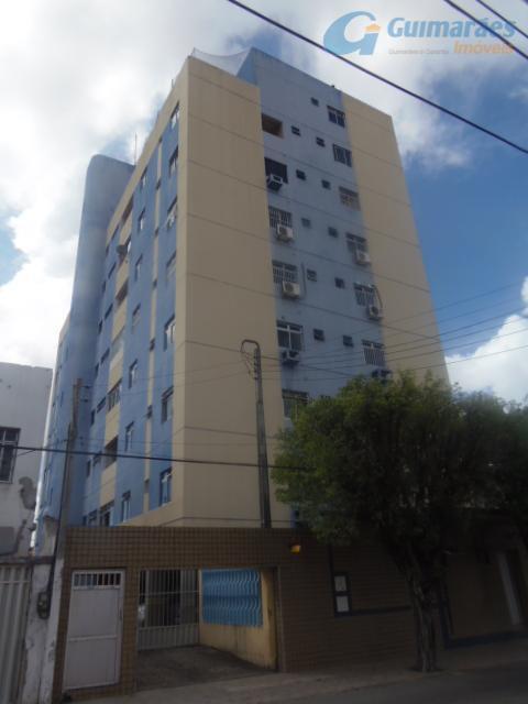 Apartamento residencial à venda, Fátima, Fortaleza.