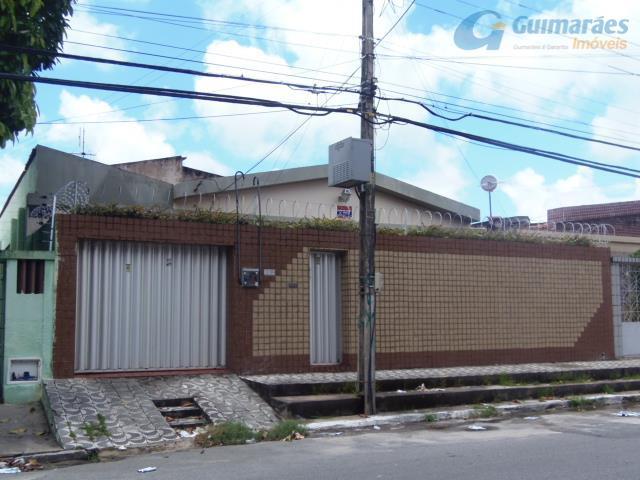 Casa residencial à venda, Vila União, Fortaleza.