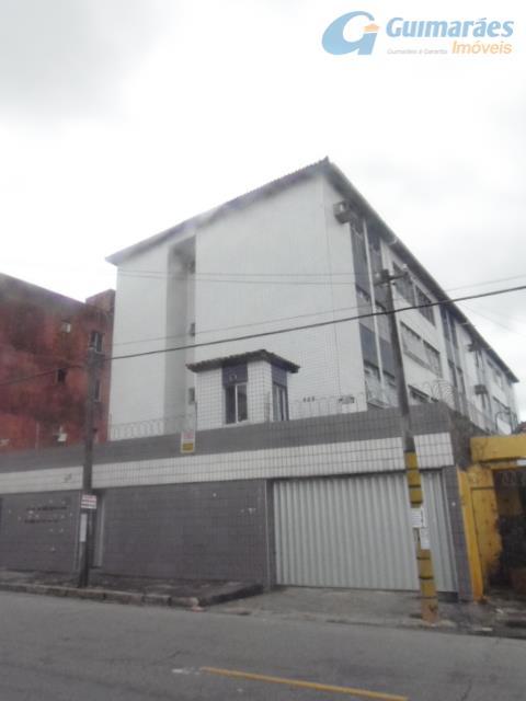 Apartamento residencial à venda, Montese, Fortaleza - AP1291.