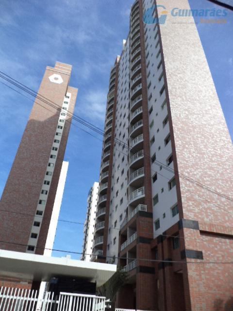 Apartamento residencial à venda, Meireles, Fortaleza - AP2240.