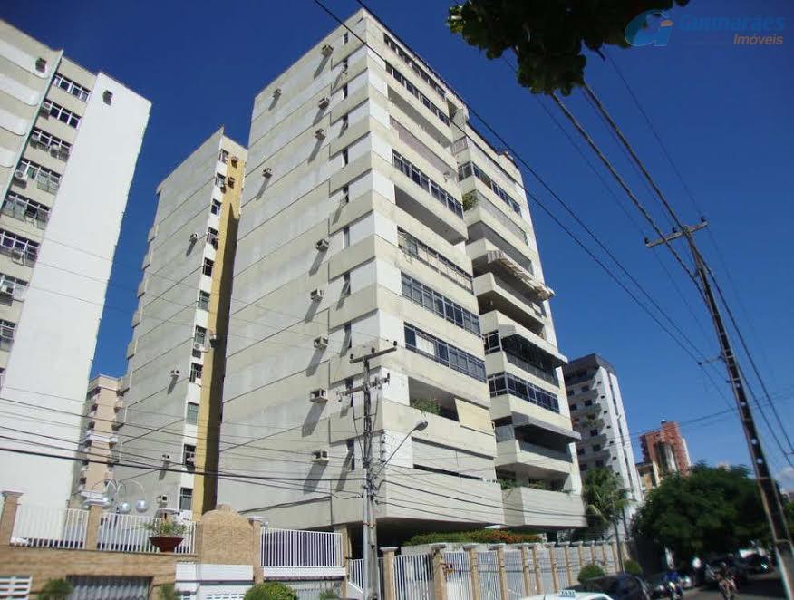Apartamento residencial à venda, Meireles, Fortaleza - AP1334.