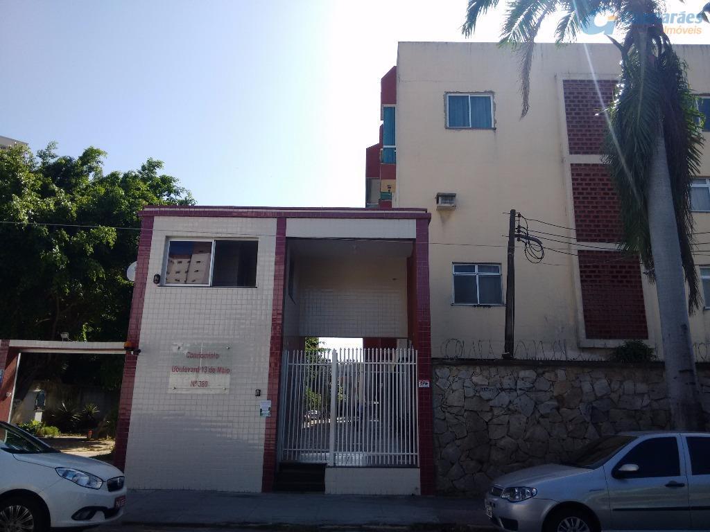 Apartamento residencial à venda, Fátima, Fortaleza - AP2676.