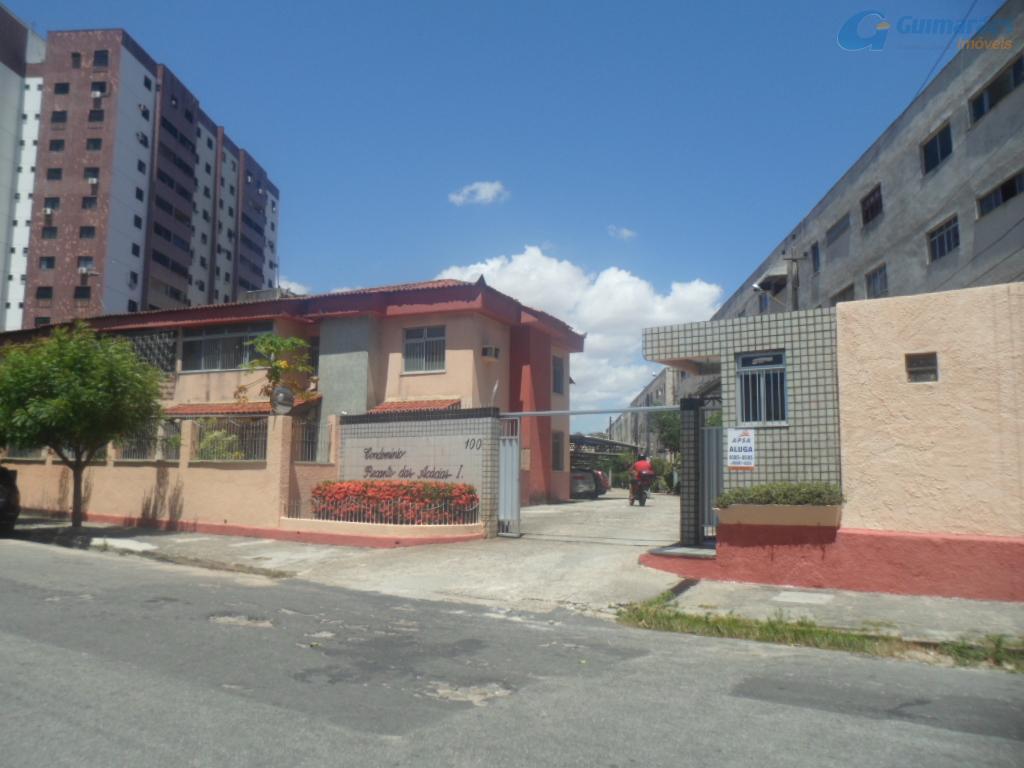 Apartamento residencial à venda, Fátima, Fortaleza - AP2779.