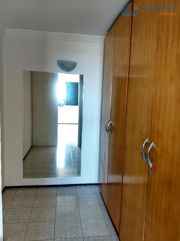 Closet Suíte 03