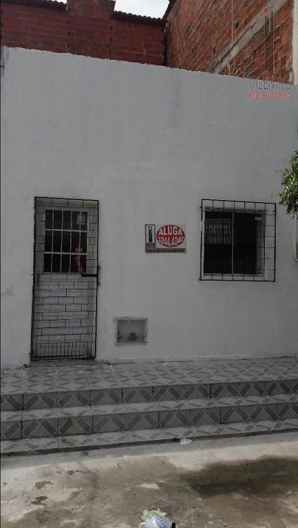 Casa residencial para locação, Montese, Fortaleza.