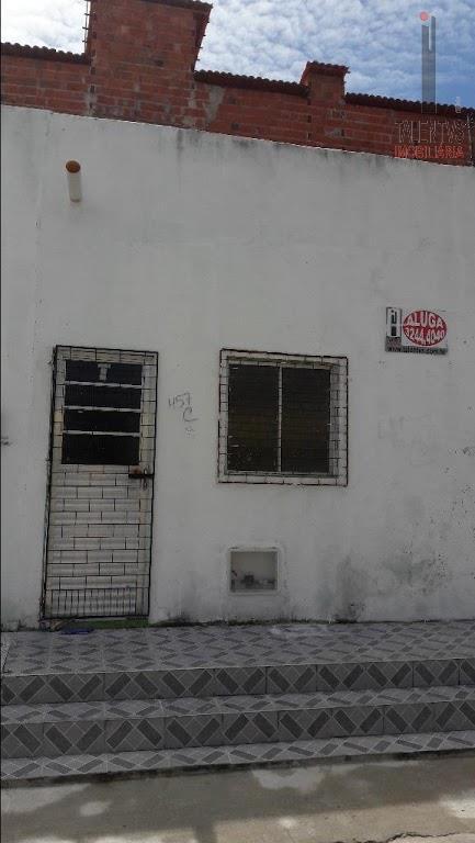Casa residencial para locação, Montese, Fortaleza - CA0080.