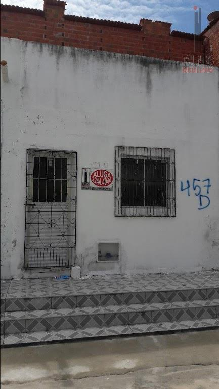 Casa residencial para locação, Montese, Fortaleza - CA0079.