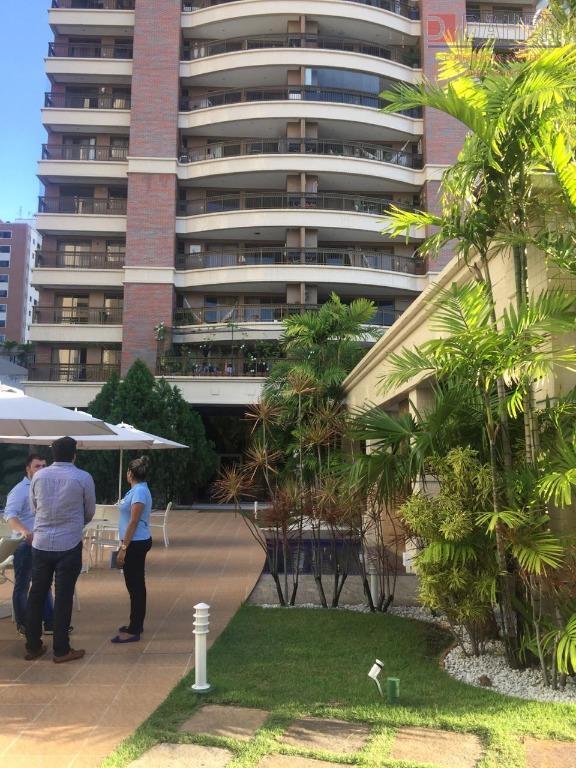 Apartamento à venda por R$ 1.180.000 - Meireles - Fortaleza/CE