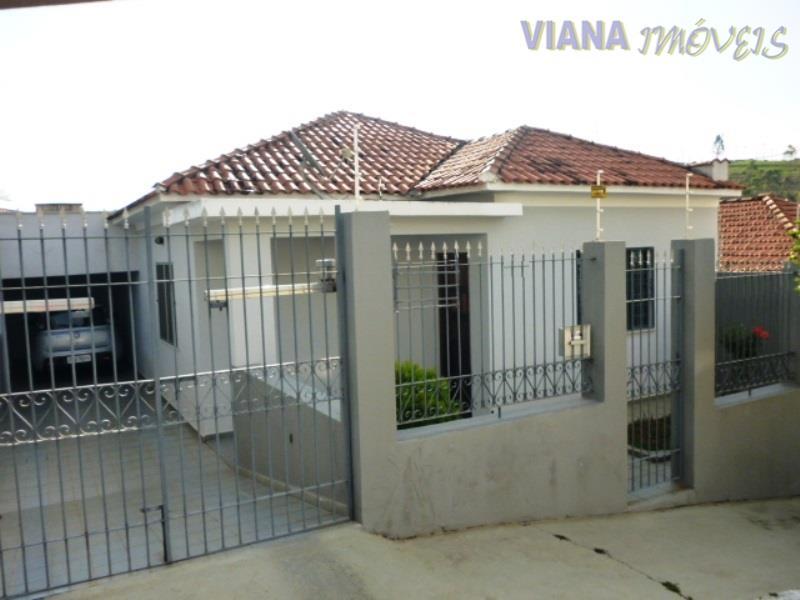 Casa com 2 dormitórios à venda, 132 m² por R$ 420.000,00 - Vila Brasileira - Itatiba/SP