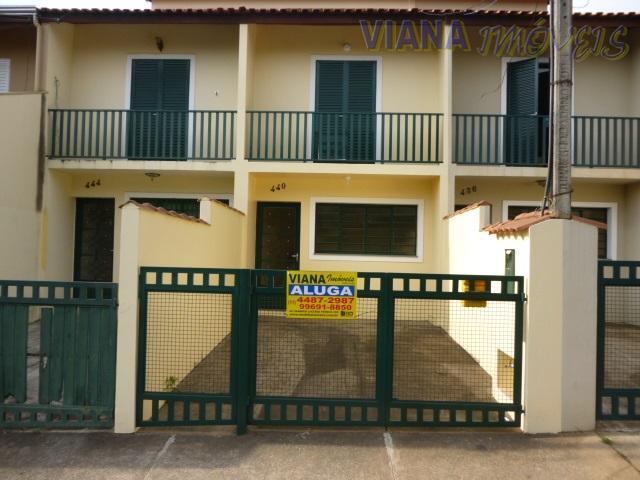 Casa residencial para locação, Jardim Alto de Santa Cruz, Itatiba.
