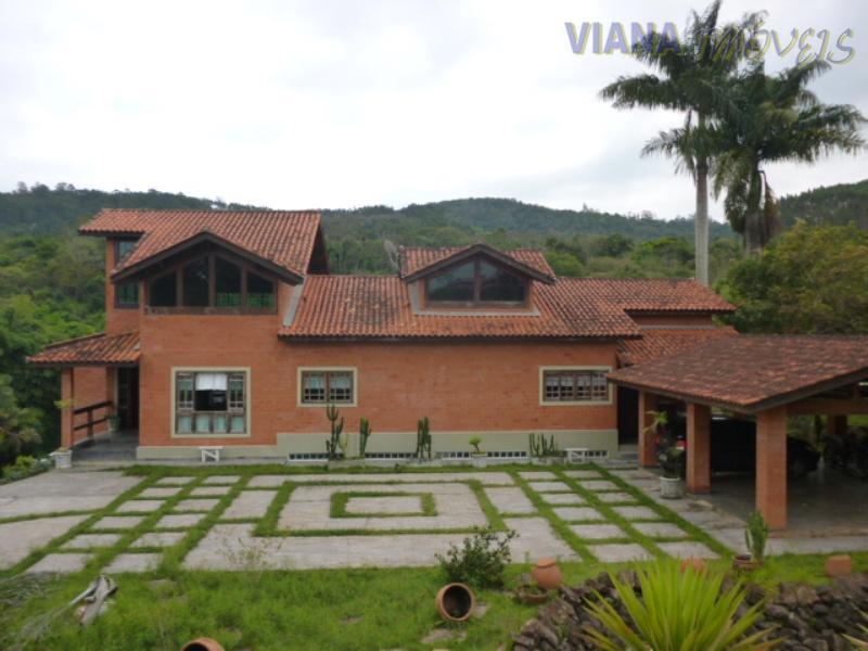 Casa  em condomínio fechado a venda, totalmente mobiliada. Capela do Barreiro/Itatiba/SP