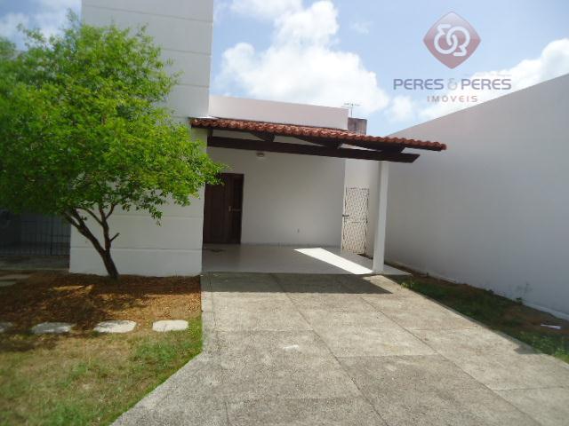 casa ampla, bem ventilada, com 03 quartos sendo 01 suíte, sala para 02 ambientes, dep. de...