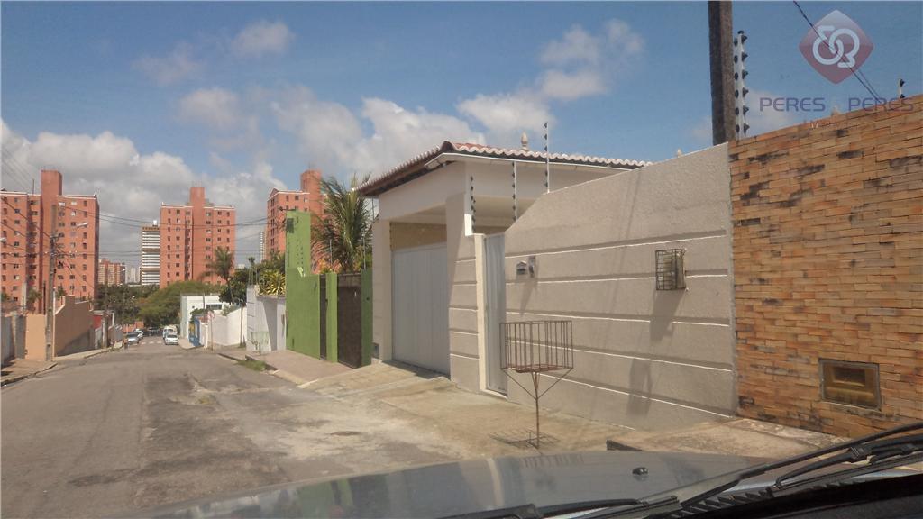 Casa residencial à venda, Lagoa Nova, Natal - CA0188.