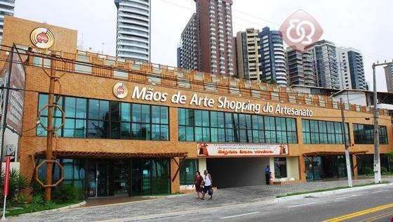 Prédio comercial para locação, Praia do Meio, Natal.