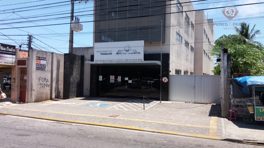 prédio comercial com área total de 1.800m2 de área construída, com 03 pavimentos.1-o imóvel será entregue...