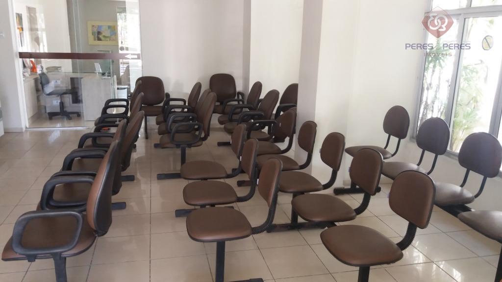 exc. prédio para clinicas ou escritório, já reformado,  com 6 salas mais recepção.