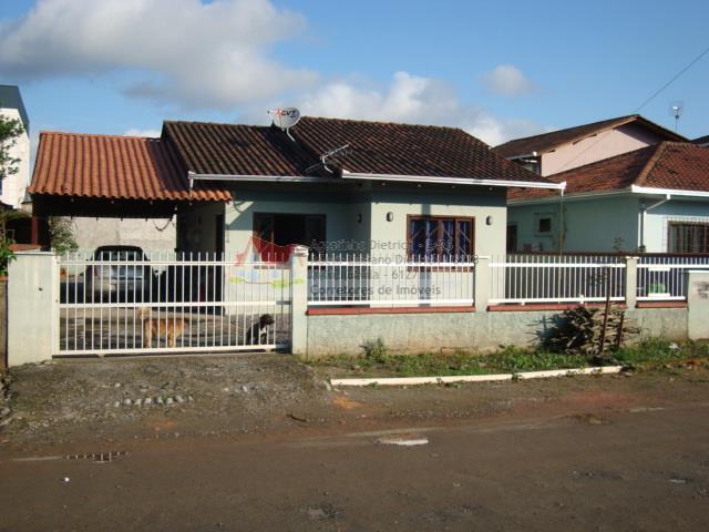 Residencia em Alv.com laje no Bairro Aventureiro !!!!