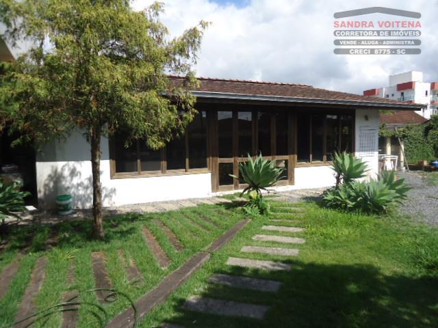Prédio  comercial à venda, Bucarein, Joinville.