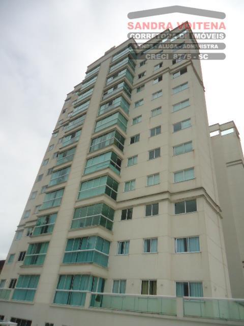 Apartamento residencial para locação, Centro, Joinville.